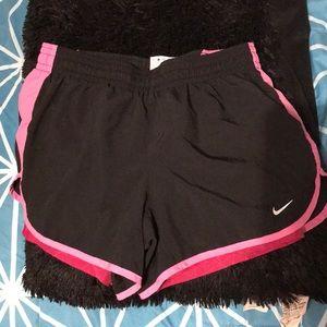 Nike sport short